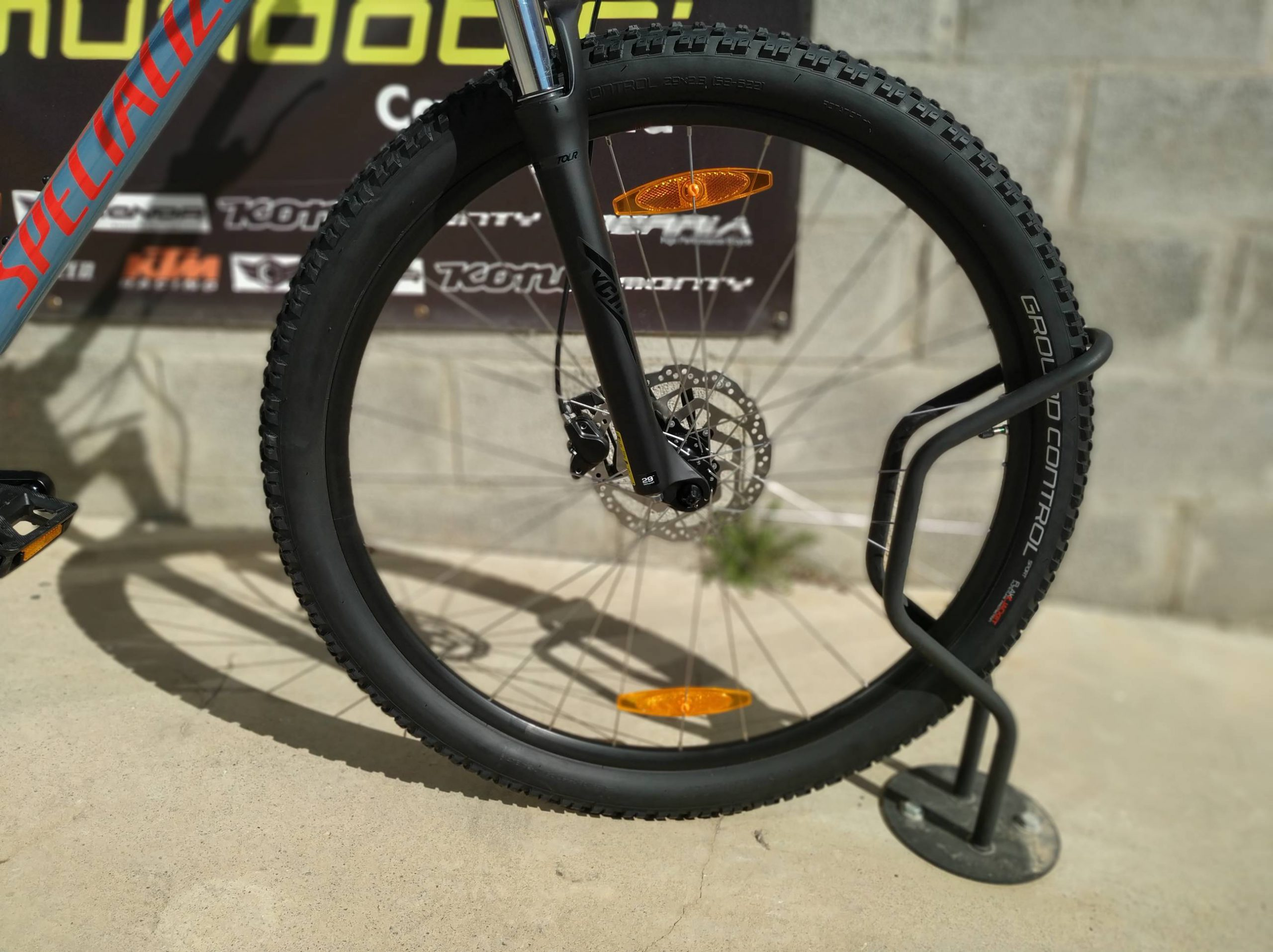 Specialized Mens Rockhopper comp rueda