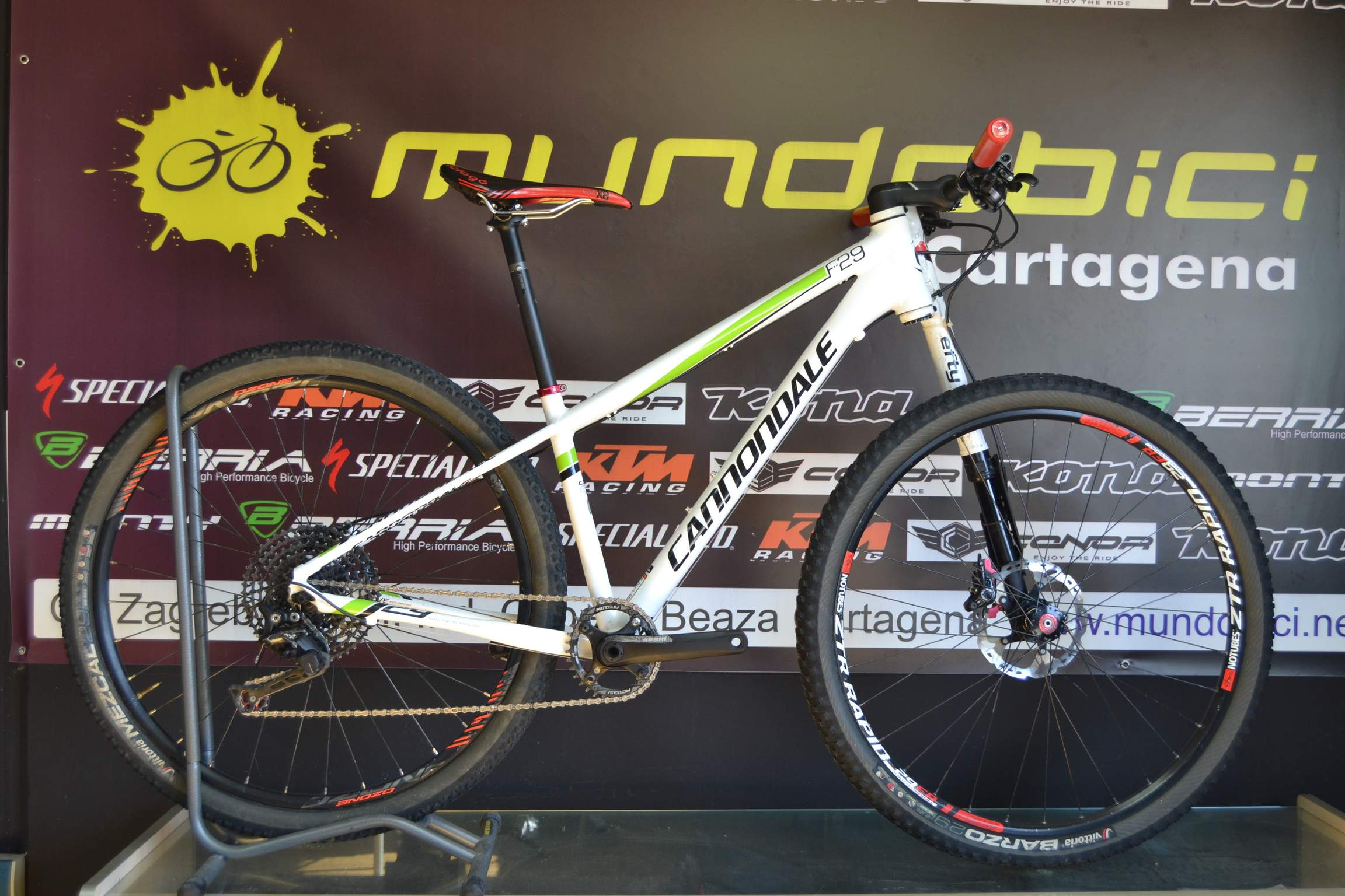 cannondale f25 5 S